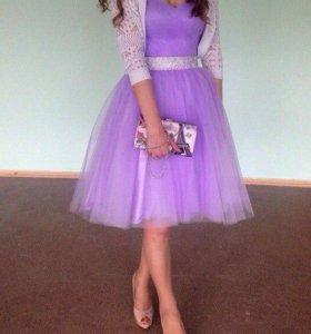 Шикарное платье с корсетом