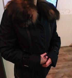 Демисезонная Куртка с  мехом чернобурки