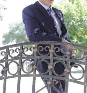 Мужской костюм,рубашка,галстук