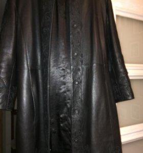 Пальто ,натуральная кожа
