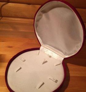 Бархатная коробка под украшения