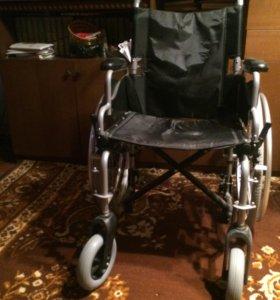 Кресло-коляска для инвалида. Армамед.