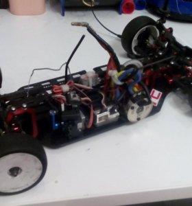 Машина на радиоуправлении(сталион)