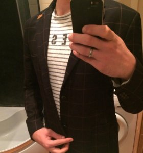 Пиджак новый,молодежный)