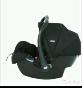 Авто кресло для новорожденого