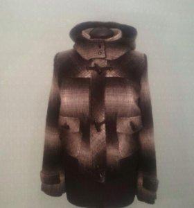 Новая утеплённая куртка-пальто.