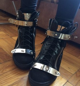 Осенние ботинки Zanotti (37-38 размер)