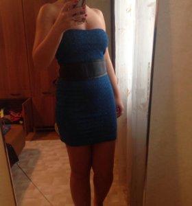 Синие платье с поясом