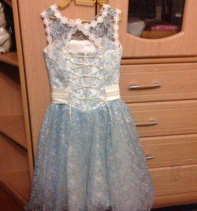 Платье праздничное на 5-7 лет