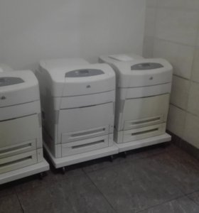 Принтер  HP Color LaserJet 5550dtn