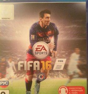 Диск FIFA 2016 на PS4