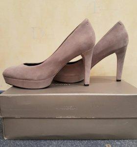 Замшевые туфли Rockport