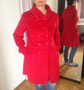 Новое женское пальто 48-50