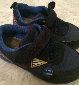 Продам  ботиночки р 27