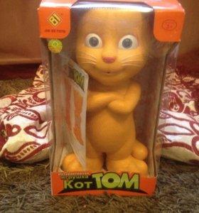 Интерактивный рыжий Том