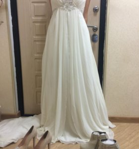 Платье+2пары обуви в подарок