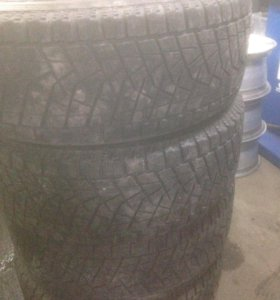 Bridgestone Blizak DM-Z3 235/60/16