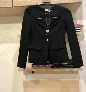 Новый пиджак ( 42 размер )