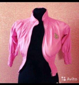 Куртка ветровка розовая