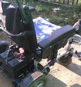 Приводная инвалидная коляска