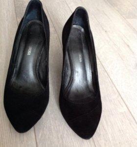 Замшевые туфли б/у