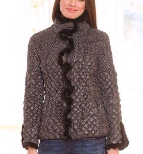Куртка женская на холлофайбере с норкой