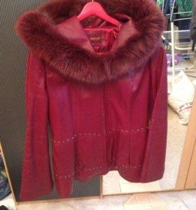 Кожаная куртка с мехом!!