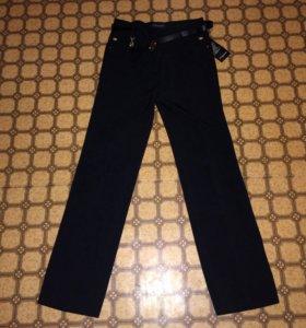 Новые классические брюки прямые(не зауженные)