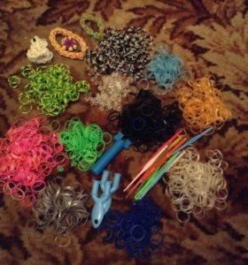 Резинки,крючки,замочки и фигурки