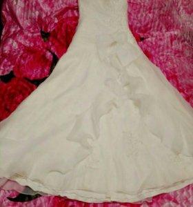 Свадебное платье 54,56,58 размера