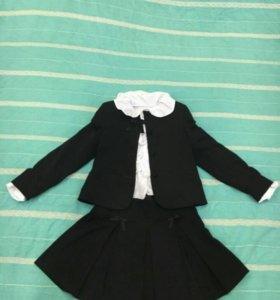 Школьная форма+ 3 блузки в подарок