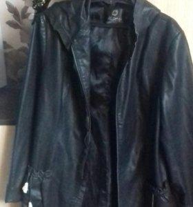 Новая куртка, кожанная.