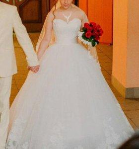 Свадебное платье, шубка