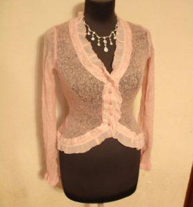 Нежная вязаная розовая кофточка блузка Oggi
