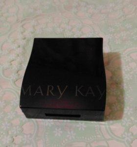 Футляр для теней Mary Kay