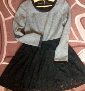 Шерстяное стильное платье