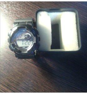 Спортивные часы protection.