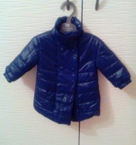 Новое пальто на 3-6 месяцев.