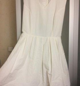 Белое платье befree