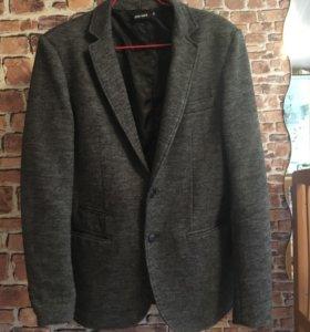 Мужской пиджак, размер м