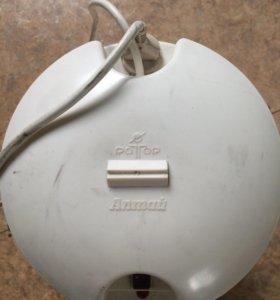 Маслобойка электрическая.