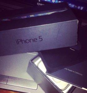 iPhone 5 64Gb+(2 чехла)