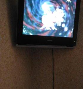 Телевизор Toshiba плоский