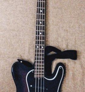 Бас гитара Jolana Iris bass