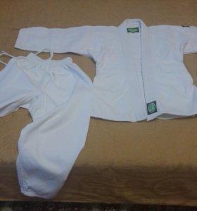 Кимоно для дзюдо на 6-8 лет