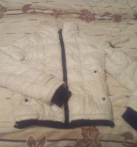 Женская куртка на осень