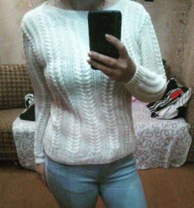 Пуловер Белоснежный