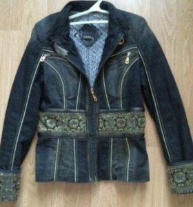 Джинсовая утеплённая куртка Gizia