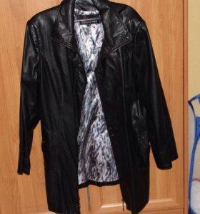 Куртка кожаная женская .