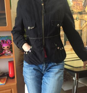 Утепленная осенняя куртка